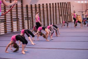 Akrobatyka Dla dzieci  (1) (Copy)