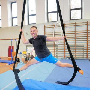 Akrobatyka na powietrznych szarfach i kołach dla dorosłych Katowice (13) (Copy)