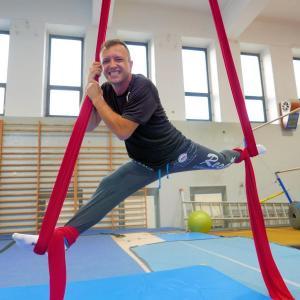 Akrobatyka na powietrznych szarfach i kołach dla dorosłych Katowice (18) (Copy)