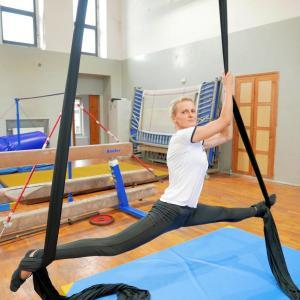 Akrobatyka na powietrznych szarfach i kołach dla dorosłych Katowice (23) (Copy)