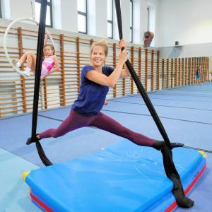 Akrobatyka na powietrznych szarfach i kołach dla dorosłych Katowice (24) (Copy)