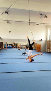 Akrobatyka na powietrznych szarfach i kołach dla dorosłych Katowice (25) (Copy)