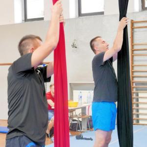 Akrobatyka na powietrznych szarfach i kołach dla dorosłych Katowice (9) (Copy)